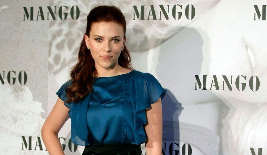 Scarlett Johansson, lors d'une séance photos à Madrid pour la marque Mango, dont elle est le nouveau visage pour la collection automne/hiver.