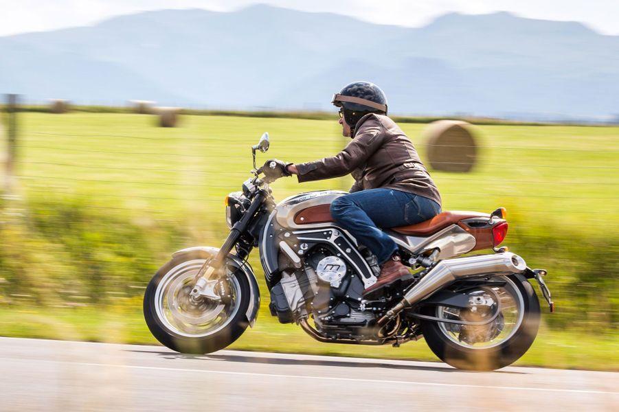 Midual Type 1, la moto française à 140 000 euros