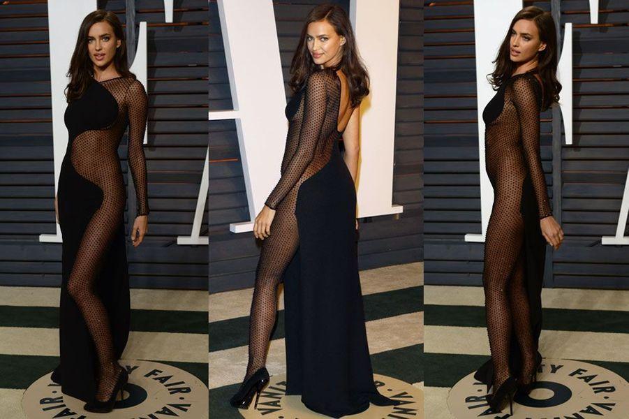 En Atelier Versace pour la soirée Vanity Fair après les Oscars 2015