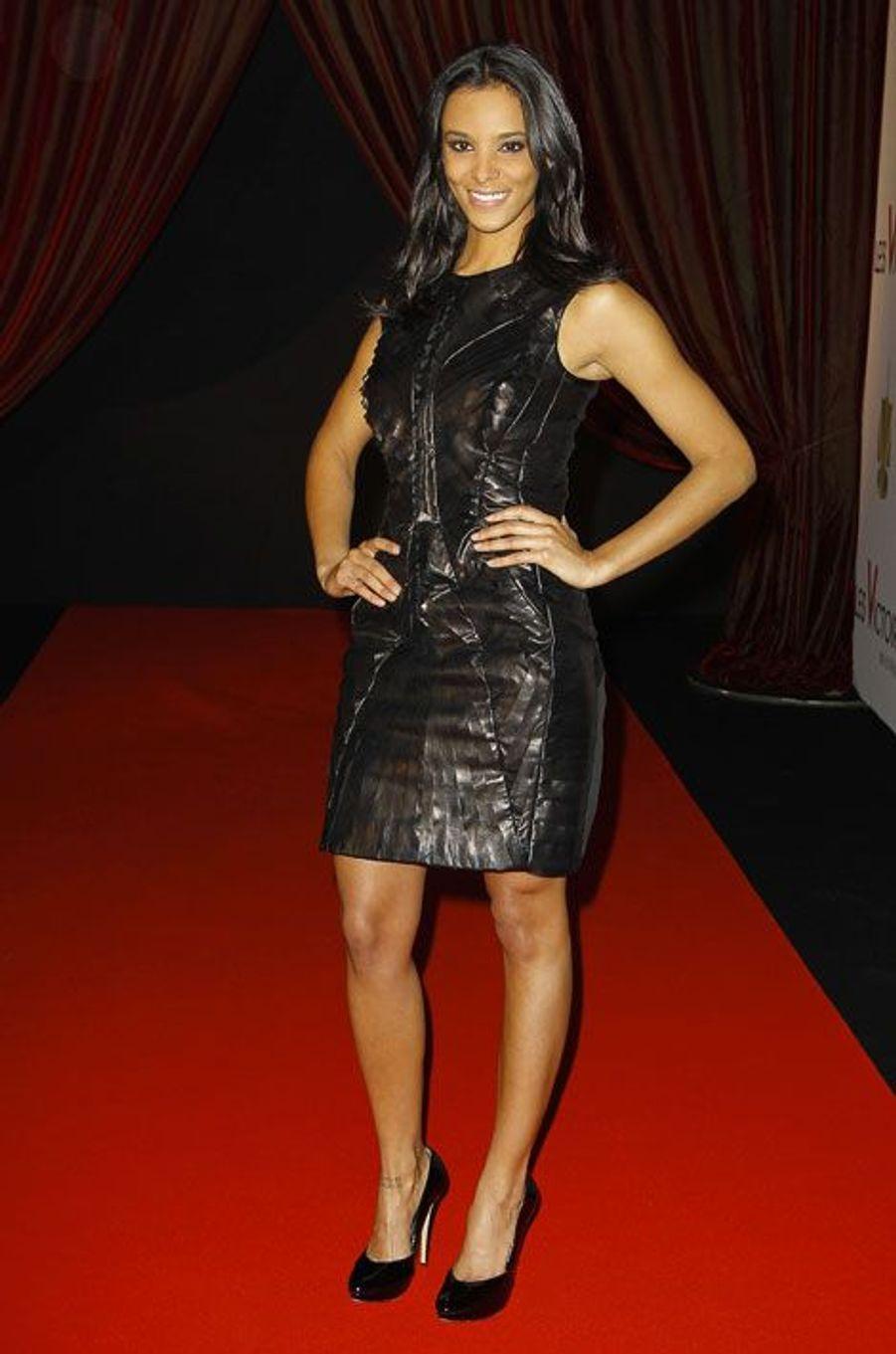 En robe en cuir pour la cérémonie des Victoires de la musique 2011, le 1er mars 2011