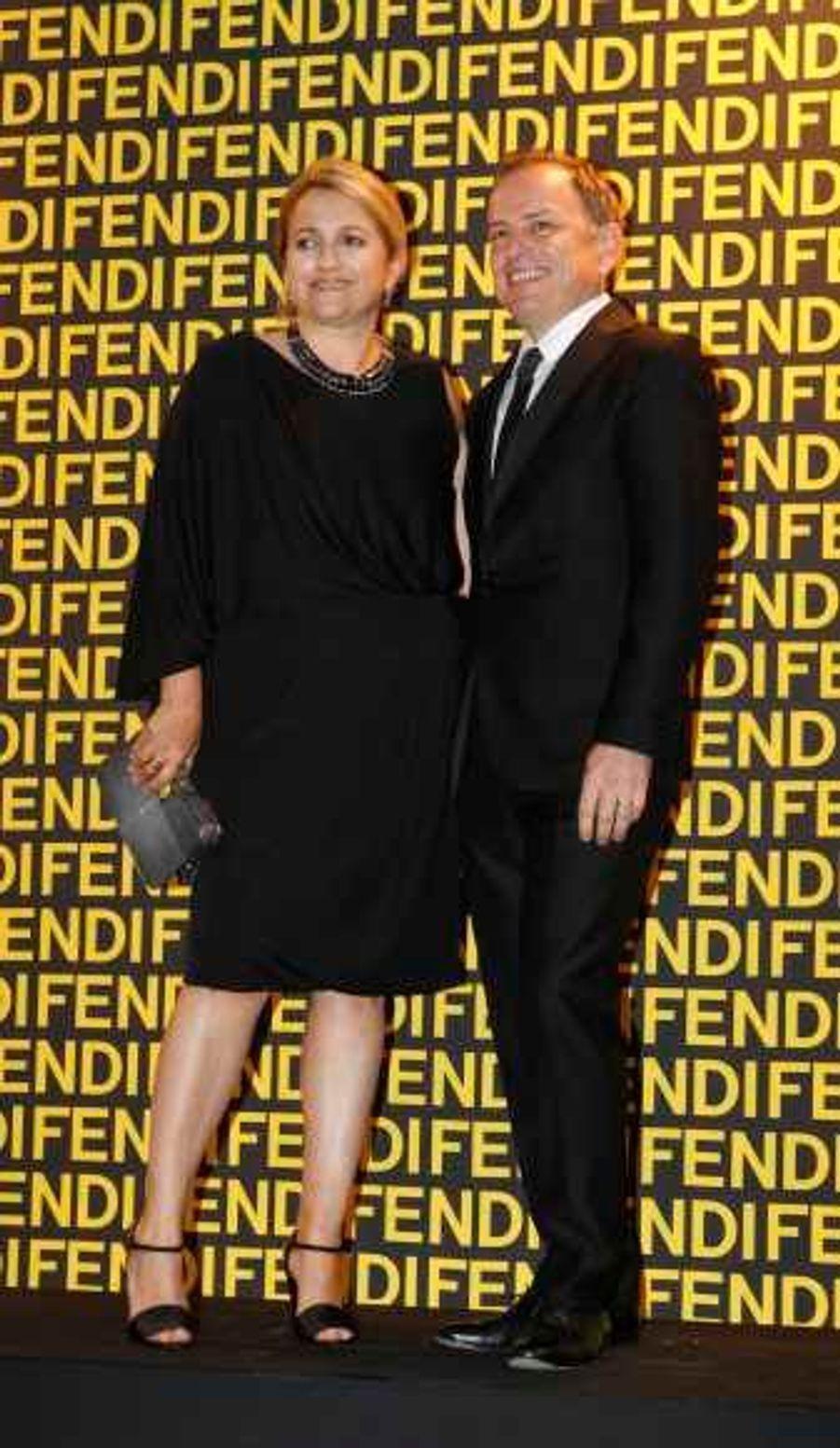 La directrice artistique Silvia Fendi et Michael Burke