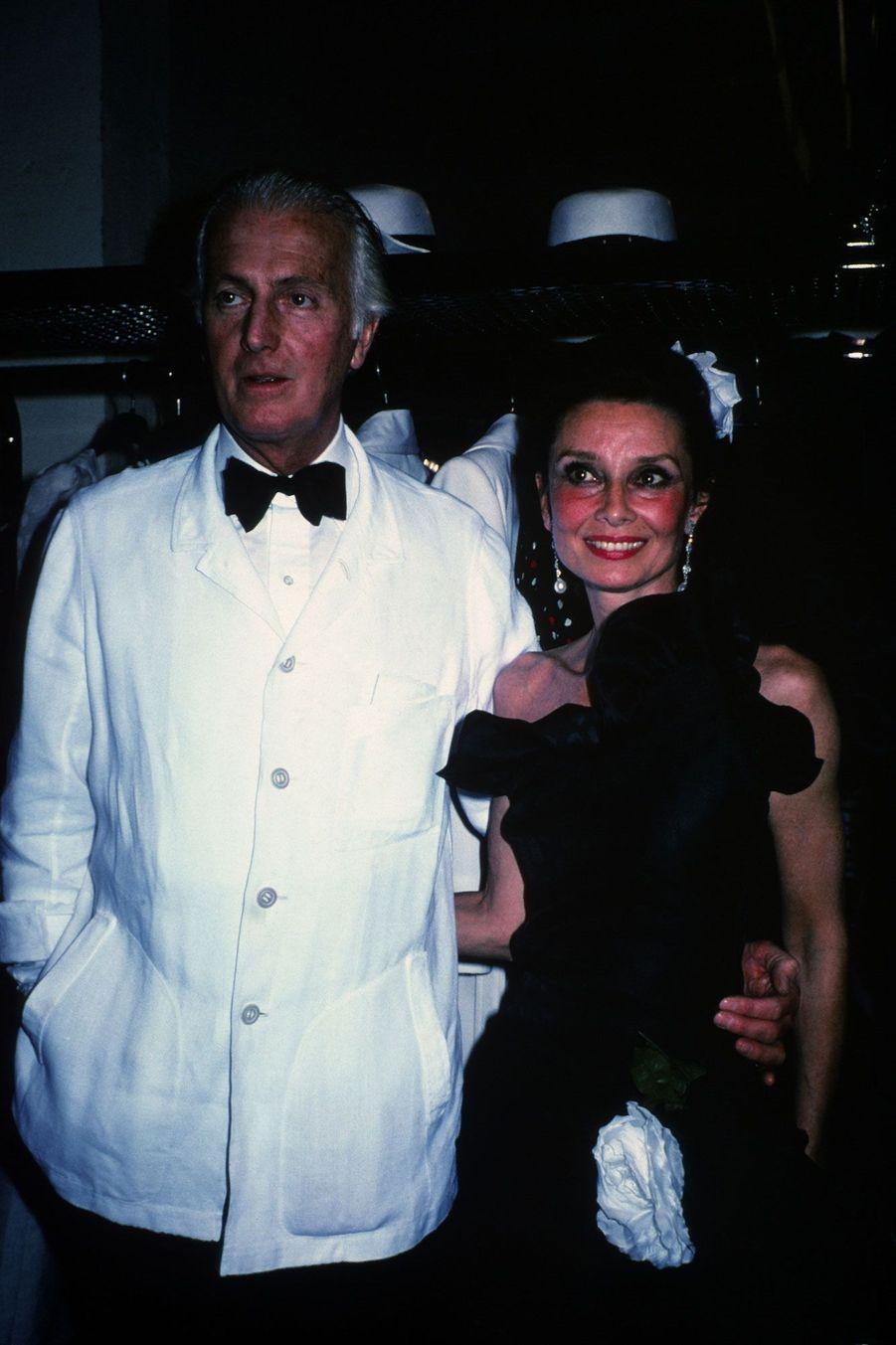 Hubert de Givenchy et Audrey Hepburn en 1982