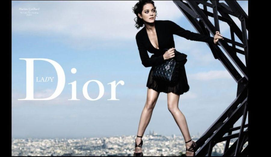 Ville: Paris. Couleur: noir. Photographe: Peter Lindbergh. Réalisateur: Olivier Dahan.