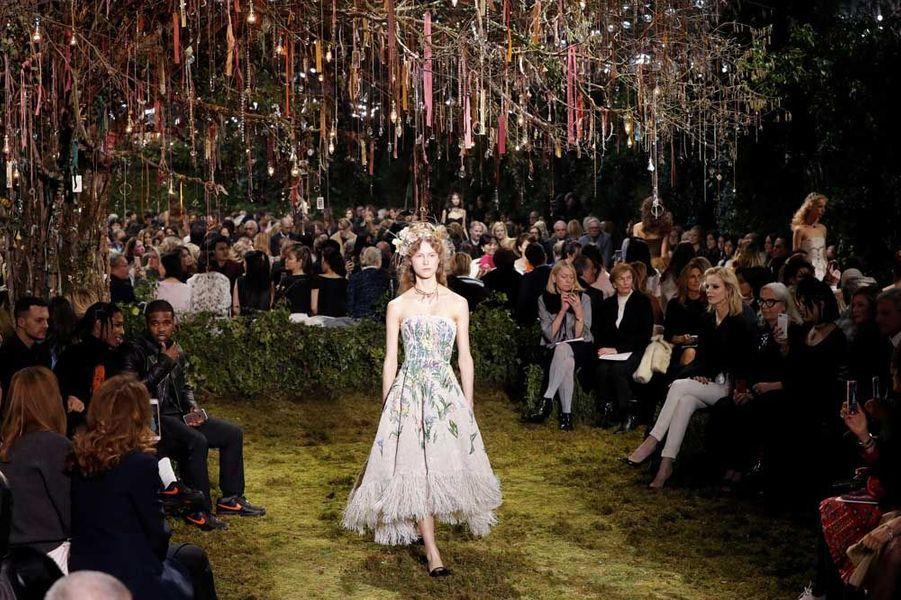 Photo du défilé Haute Couture Dior Printemps-Été 2017