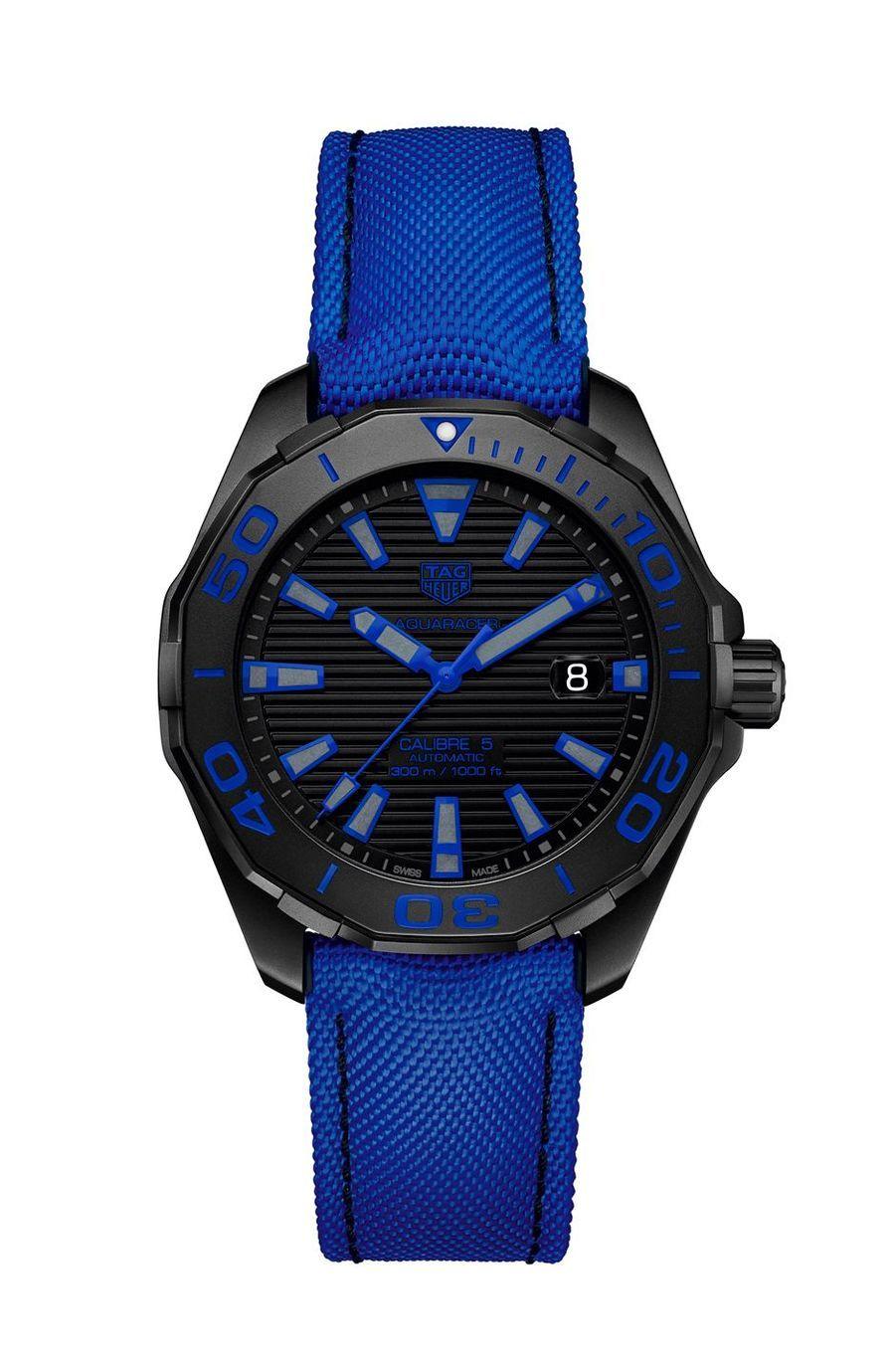 Aquaracer. Boîte en titane PVD noir, 43 mm de diamètre, mouvement automatique, bracelet en nylon. 2 500 €. TAG Heuer.