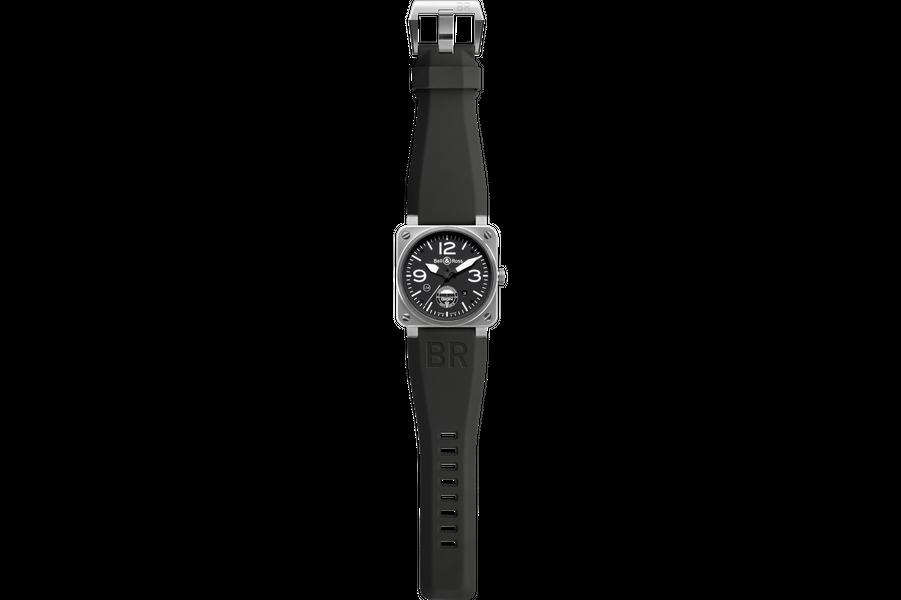 BR 03-02 GIGNen acier, 42 mm x 42 mm, mouvement automatique, bracelet en caoutchouc. 2 300 €. Bell & Ross.