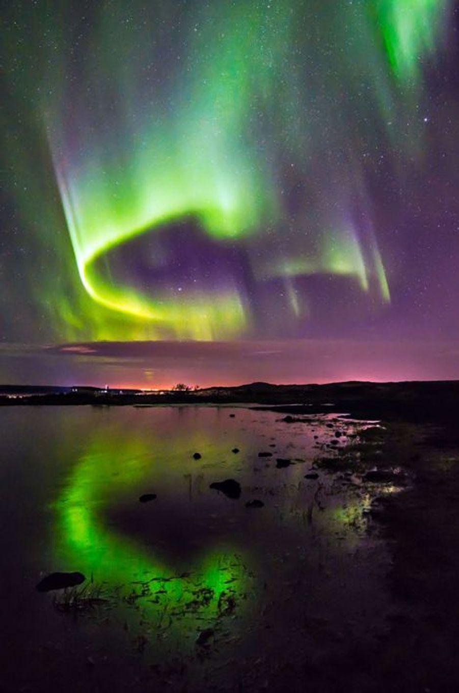 Un Phénix dans le ciel islandais