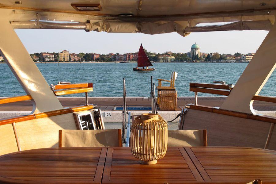 Le Yacht Bert Venezia, à Venise (Italie).