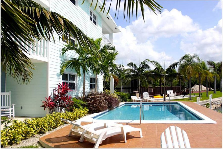 A Freeport, Bahamas : les appartements duDolphin Cove.