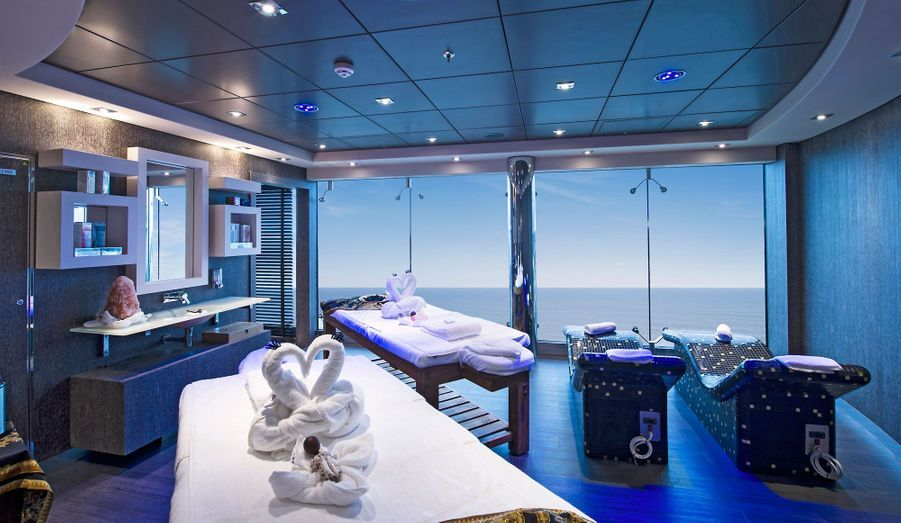 Une cabine de soins pour deux personnes dans l'Aurea Spa, 1700 mètres carrés dédiés au bien-être.