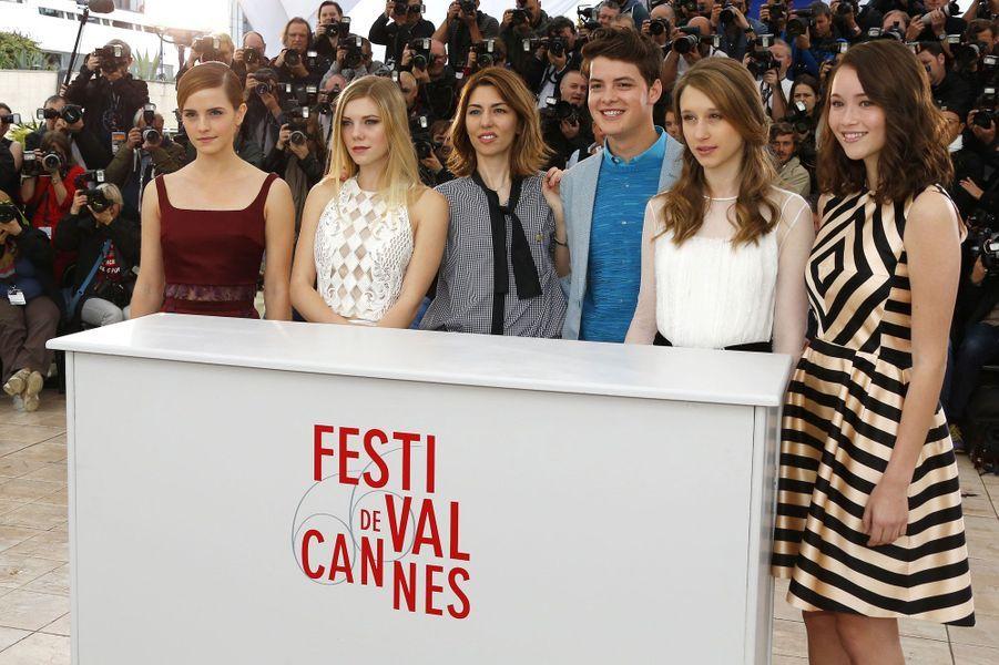 """Sofia Coppola et le gang des jolies braqueuses de """"The Bling Ring"""" ont raflé la mise à Cannes ce jeudi, mais tous les coeurs étaient déjà pris par LA révélation de ce début de festival, la sublime Marine Vacth, l'héroïne de """"Jeune & Jolie"""" de François Ozon."""