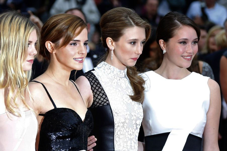 Claire Julien, Emma Watson, Taissa Farmiga et Katie Chang