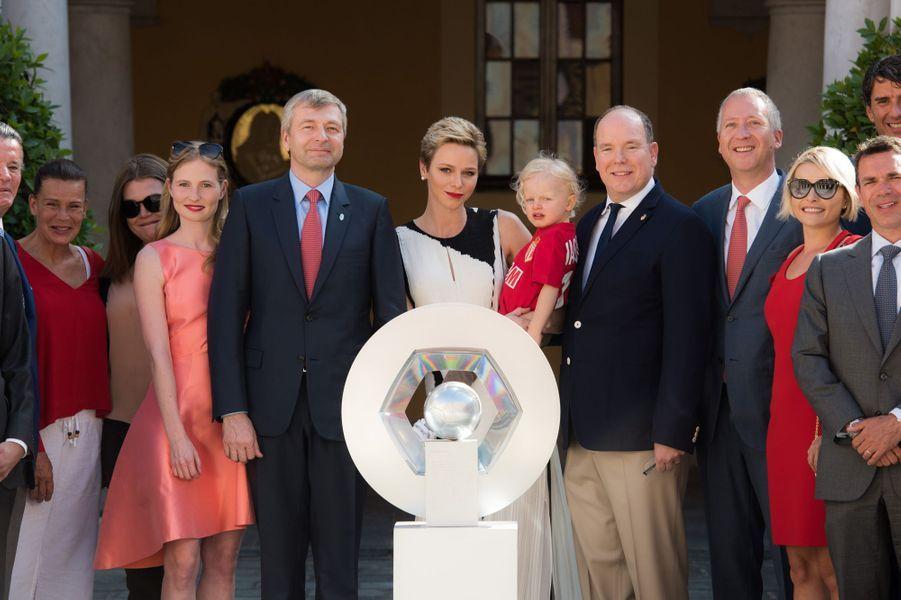 La princesse Charlène de Monaco, le prince Albert II et leur fils le prince Jacques, avec la princesse Stéphanie de Monaco et sa fille Camille Gottlieb, à Monaco le 21 mai 2017