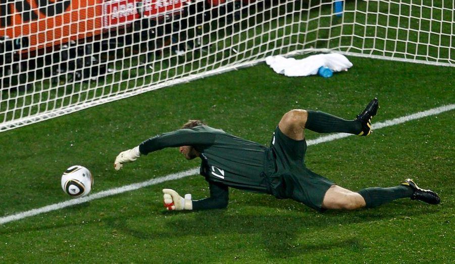 L'Angleterre a été tenue en échec par les Etats-Unis (1-1) pour son premier match de Coupe du Monde. La faute à son gardien de but, Robert Green, coupable de la première bourde de ce Mondial.