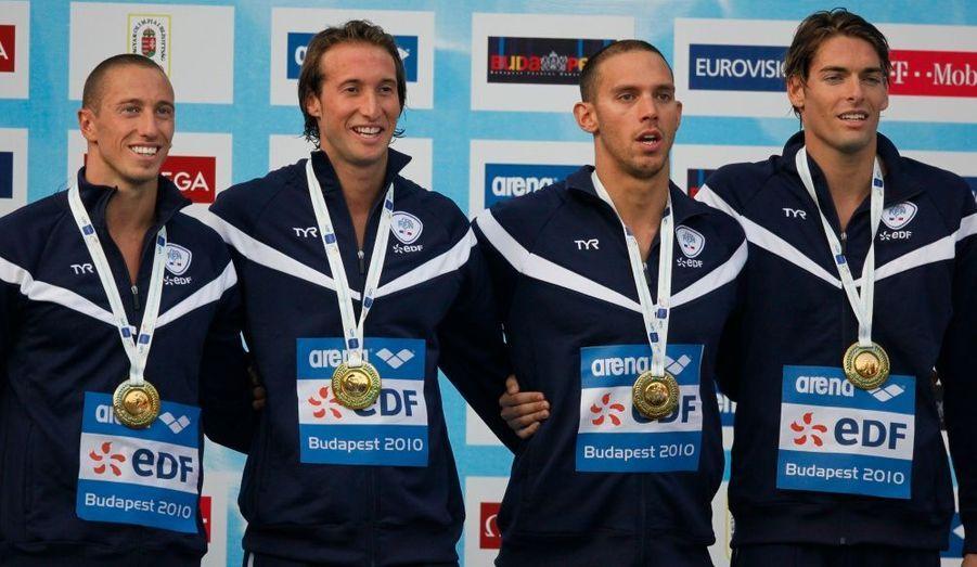 Hier, Frederick Bousquet, Hugues Duboscq, Fabien Gilot et Camille Lacourt ont remporté l'or hier sur le 4 x 100m 4 nages. La France règne pour la première fois sur ces championnats d'Europe de natation, avec un record de 21 médailles, dont huit en or.