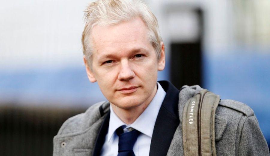 Julian Assange, 39 ans, créateur du site Wikileaks, est en ce moment jugé à Londres. En jeu, une extradition vers la Suède, où il est accusé de viol sur deux jeunes femmes. Malgré les pressions subies par le site, l'Australien a annoncé que de nouvelles révélations auraient bientôt lieu.