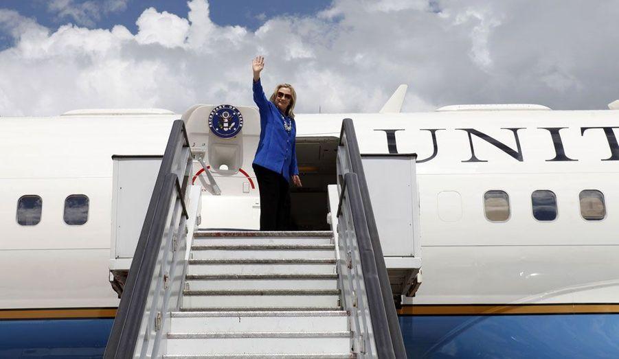 La secrétaire d'Etat américaine, Hillary Clinton se prépare à quitter le Brésil pour se rendre à Bruxelles, où elle participera le 19 avril au Conseil Russie-Otan.