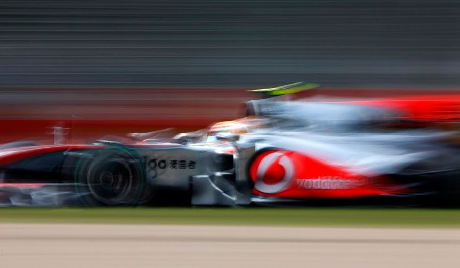 Lewis Hamilton a réalisé le meilleur temps des essais libres du Grand Prix d'Australie qui se déroulera ce dimanche.