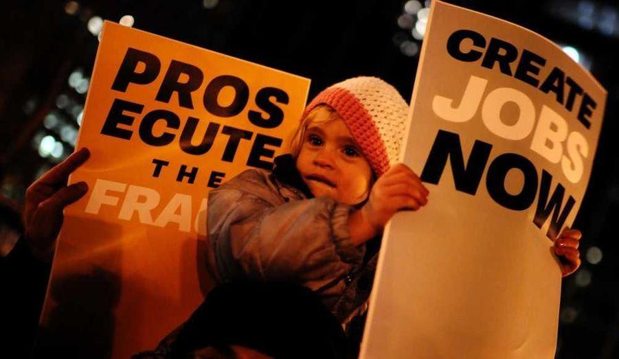 """Les manifestations des Indignés de Wall Street se poursuivent à New York, où est né le mouvement """"Occupy..."""" il y a deux mois."""