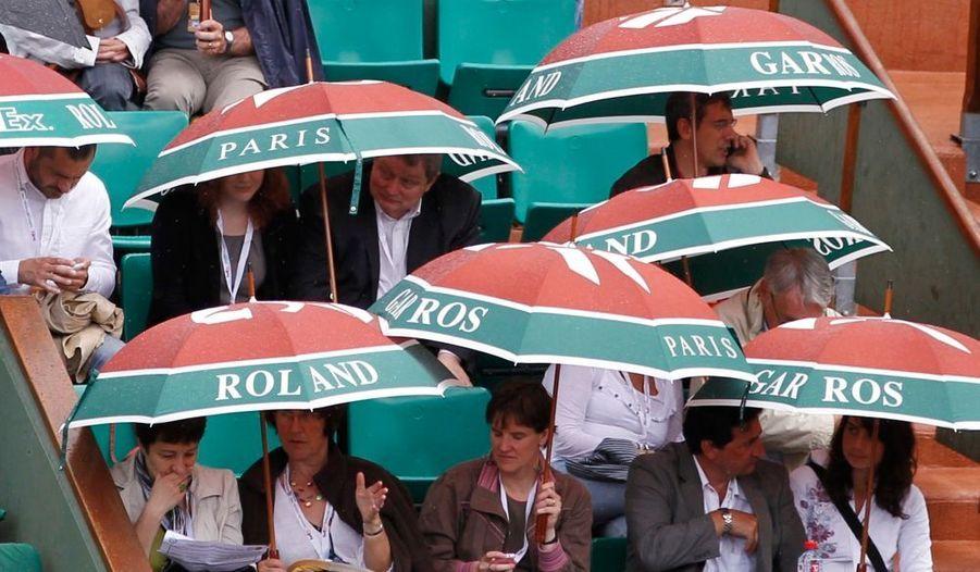 ... les fans de tennis se sont rendus au tournoi de Roland Garros ce mercredi.