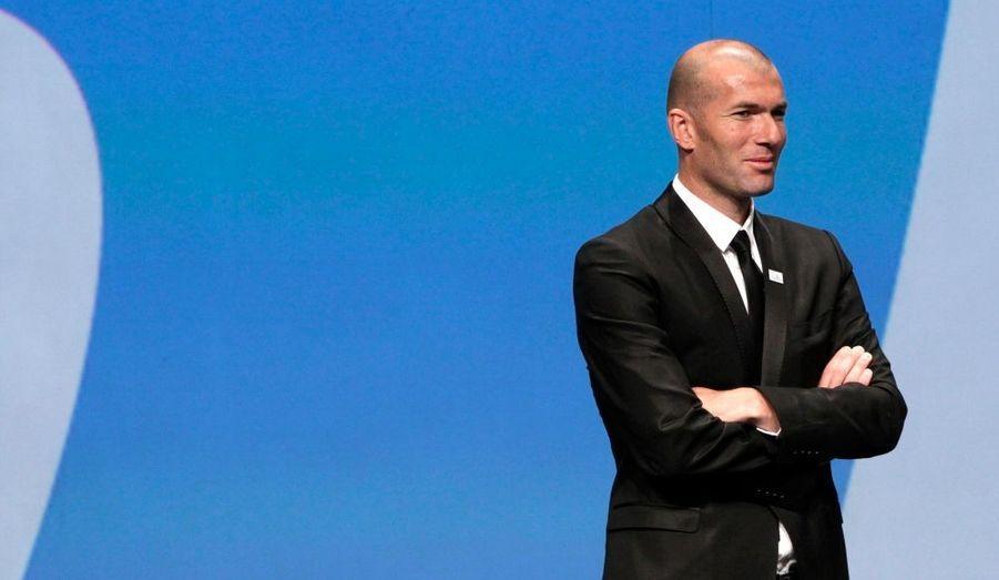 L'UEFA a rendu son verdict : l'Euro 2016 de Football sera organisé en France. Zinedine Zidane avait fait le déplacement à Genève pour soutenir la candidature française aux côtés du Président de la République, Nicolas Sarkozy.