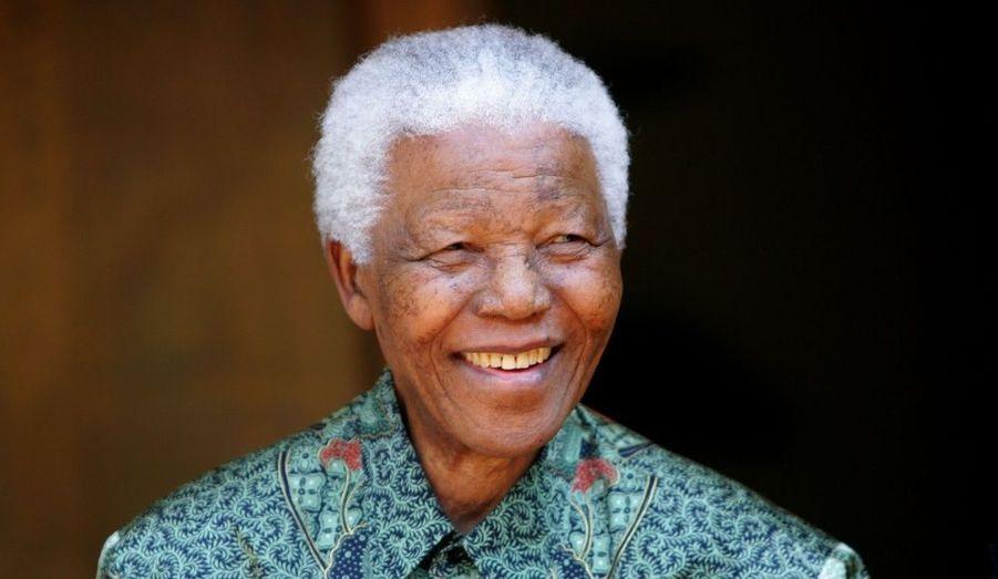Il y a vingt ans jour pour jour, le 11 février 1990, Nelson Mandela était libéré après avoir passé vingt-sept années en prison.