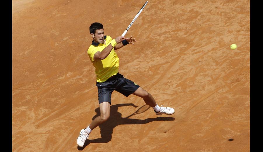 Ce coup droit n'aura pas suffi. Le serbe Novak Djokovic s'est incliné 6-7, 6-3, 4-6 face à l'espagnol Fernando Verdasco en quart de finale du tournoi de Rome.