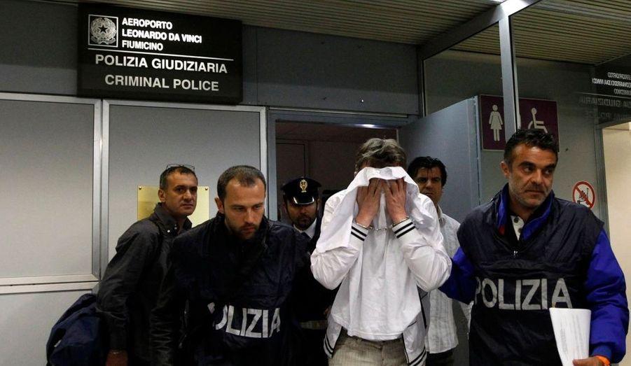 Hier soir, un homme de 48 ans a échoué dans sa tentative de détournement d'un vol de la compagnie Alitalia, entre Paris et Rome. Maîtrisé par l'équipage et des passagers, il était «clairement agité».