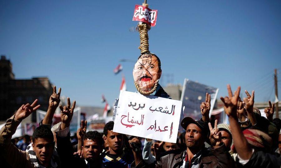 Les combats se poursuivent au Yémen, d'une part dans le Sud, entre manifestants et forces gouvernementales, et d'autre part dans le Nord entre rebelles Houthis et salafistes sunnites.Benjamin Wiacek, rédacteur en chef de «La Voix du Yémen» a expliqué à ParisMatch.com une situation complexe encline aux amalgames.