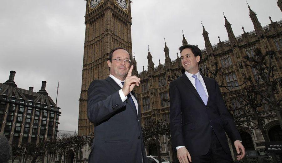 François Hollande s'est rendu à Londres mercredi, où il a rencontré Ed Miliband, le patron des travaillistes britanniques.