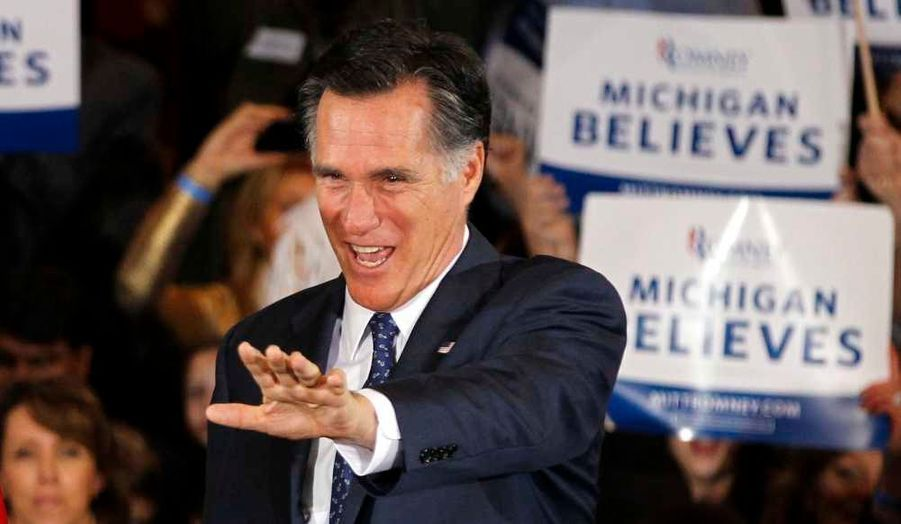 Le républicain modéré Mitt Romney a remporté mardi les primaires de l'Arizona et du Michigan confortant ses chances de remporter l'investiture républicaine en vue de l'élection présidentielle américaine du 6 novembre. Une victoire dans ces deux Etats était cruciale pour l'ancien gouverneur du Massachusetts dont le statut de favori a été sérieusement écorné lors des récentes primaires organisées dans le Mississipi, le Colorado et le Minnesota, remportées par son rival Rick Santorum. Ces primaires revêtaient également une forte portée symbolique pour Romney dans le Michigan, son Etat natal et dont le père a été gouverneur, et dans l'Arizona qui compte une importante population mormone.