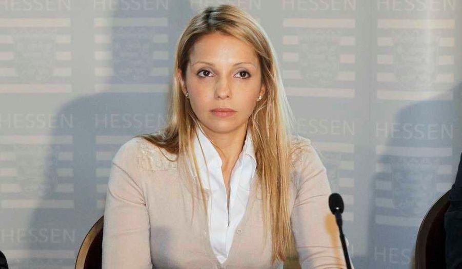 Evguenia Timochenko, la fille de l'icône de la révolution orange, Ioulia Timochenko, a tenu une conférence de presse mercredi après la confirmation, en cassation, de la condamnation de sa mère à sept ans de prison pour abus de pouvoir.