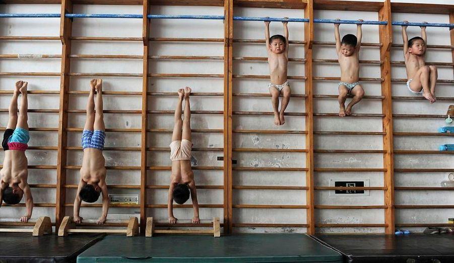 Cette école de Jiaxing, en Chine, entraîne des enfants de trois à sept ans.