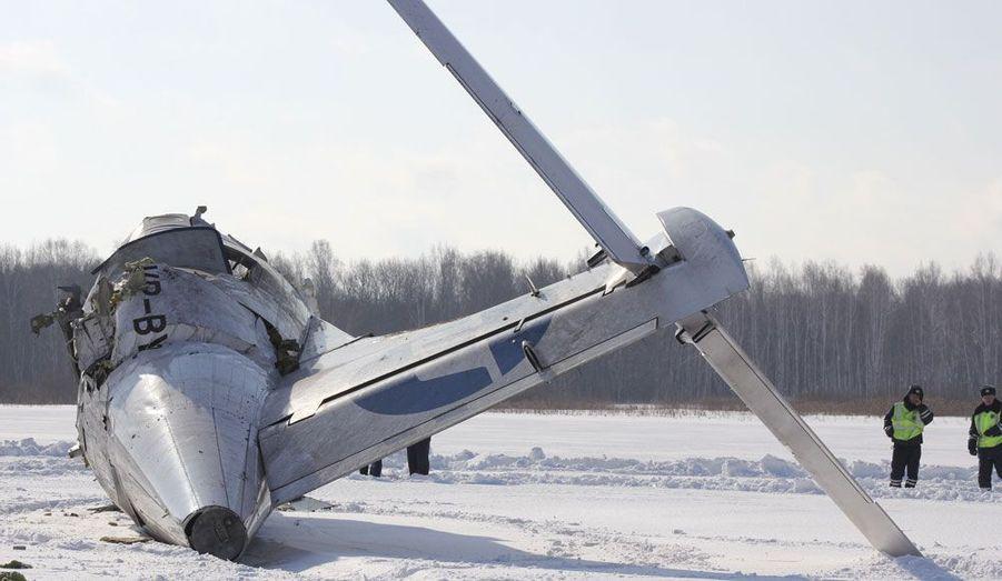 Un ATR 72 de la compagnie russe UTair s'écrasé lundi en Sibérie, entraînant la mort d'au moins 31 des 43 personnes à bord.