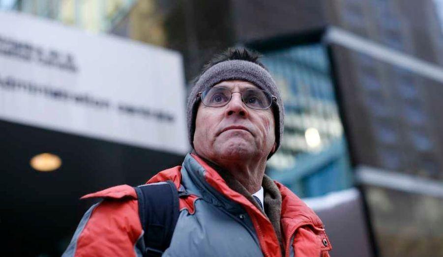 Le ministre canadien de la Justice, Rob Nicholson, a signé mercredi l'ordre d'extradition visant le canado-libanais Hassan Diab, soupçonné d'être impliqué dans l'attentat qui avait fait quatre morts devant une synagogue de la rue Copernic à Paris en 1980. Il dispose encore d'un mois pour faire appel. Hassan Diab, un sociologue à l'université d'Ottawa, encourt en France la prison à perpétuité.