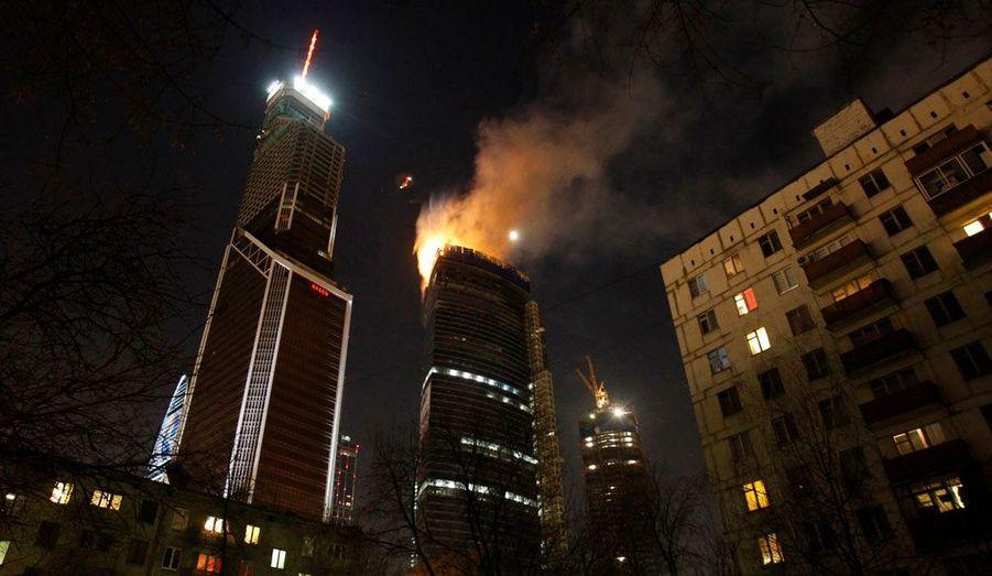 Un incendie a dévasté lundi un gratte-ciel encore en construction dans le nouveau quartier d'affaire de Moscou. Il n'a fait aucune victime.
