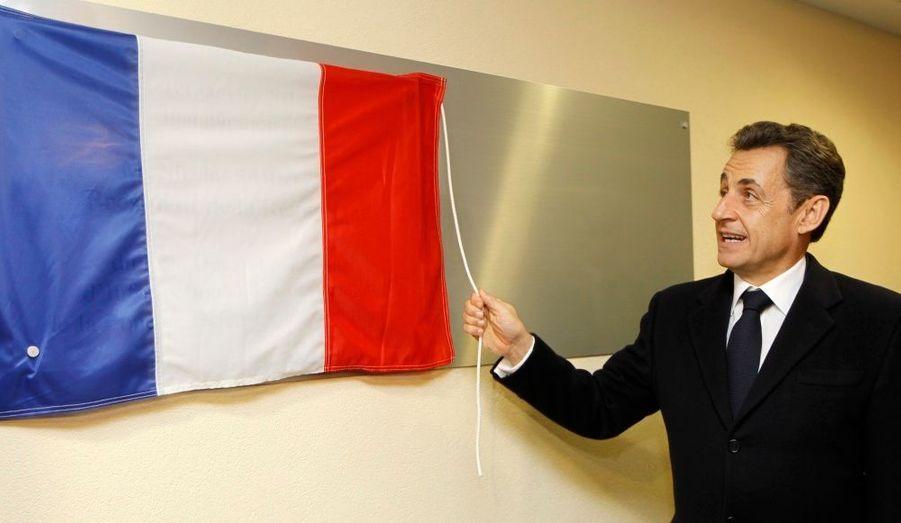 """Nicolas Sarkozy a inauguré dimanche le """"Pôle opérationnel zonal"""", structure qui regroupe les services de la zone de défense Est, à Metz."""