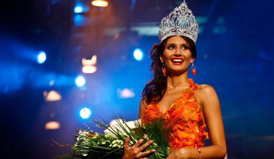 Alexandra Catalina Filip a été désignée ce week-end par son pays, la Roumanie, pour participer au concours de Miss Univers. La cérémonie aura lieu le 23 août prochain à Las Vegas.