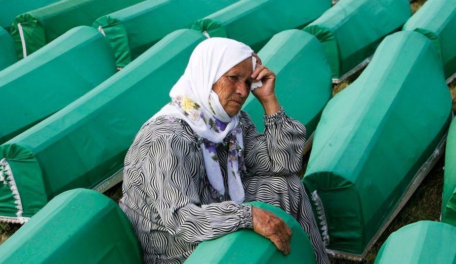 Dimanche, une cérémonie en souvenir du massacre de Srebrenica s'est déroulée dans la ville-martyre, quinze ans après les faits.