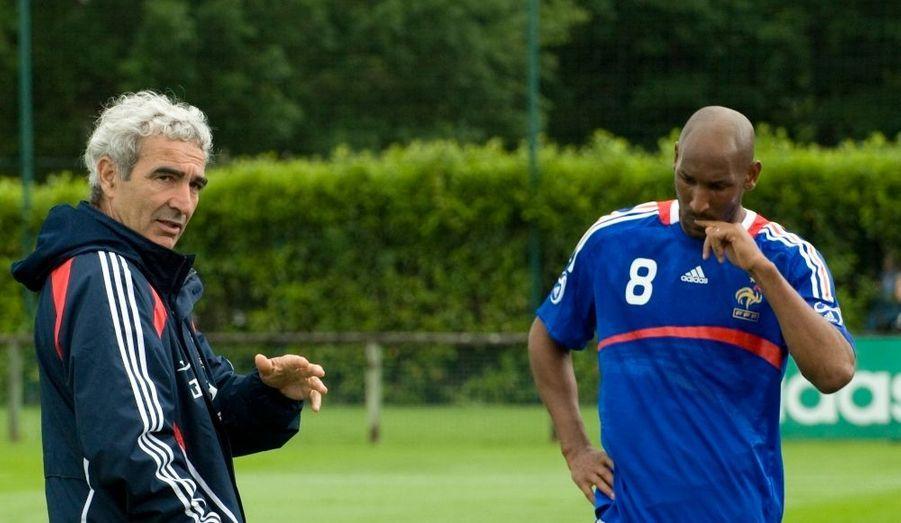 Nicolas Anelka a été exclu des Bleus, après avoir proféré des insultes très violentes à l'encontre de Raymond Domenech.
