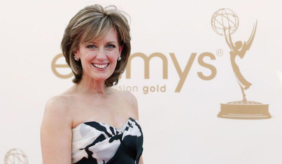 Américaine âgée de 54 ans, Anne Sweeney occupe le rôle crucial de présidente du Disney-ABC Television Group. C'est cet organe qui gère les droits de diffusion des productions du groupe Disney partout dans le monde.