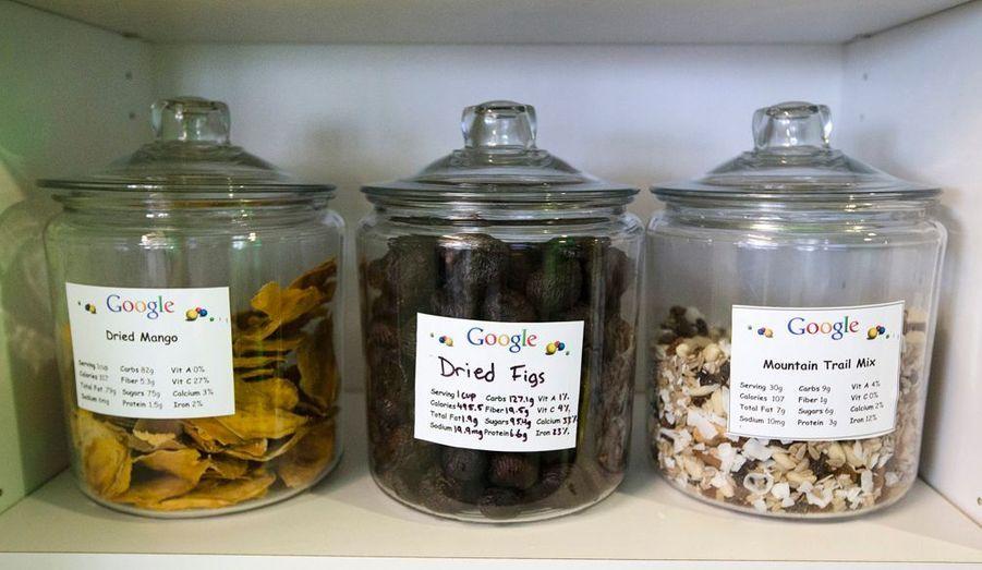 Les employés de Google peuvent manger des cookies à volonté, à Toronto.