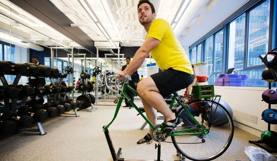 Vélo d'appartement et salle de sport