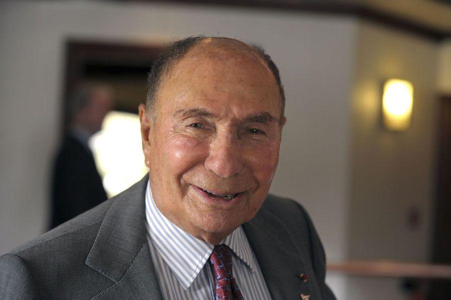 Ancienprésident-directeur du groupe Dassault, sénateur de l'Essonne