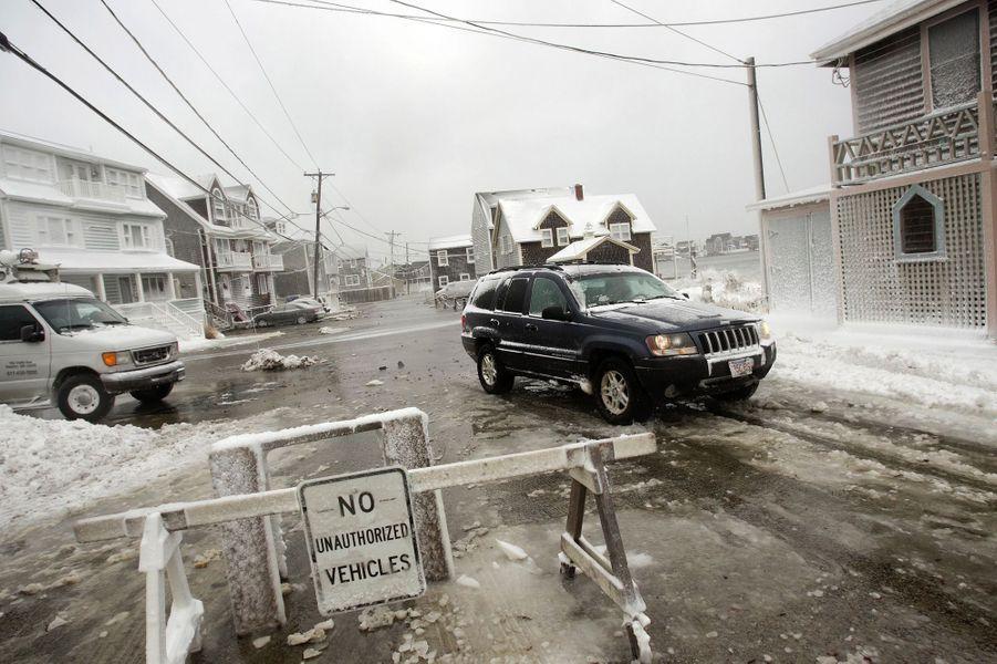 Les Etats-Unis paralysés par la neige