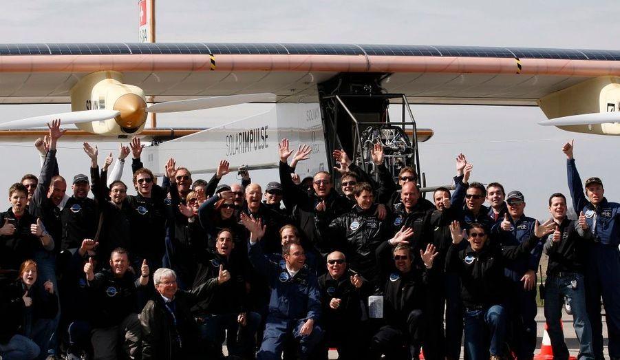 L'équipe de Bertrand Piccard se compose de 65 personnes.