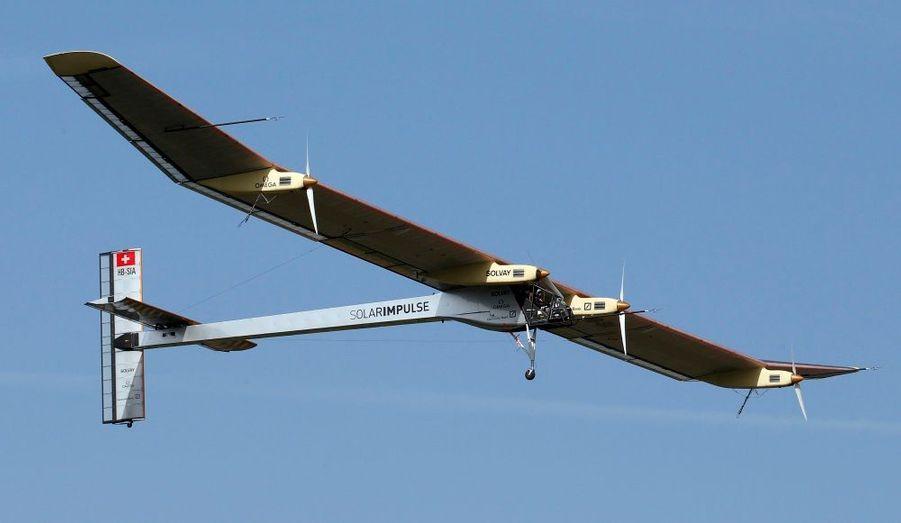 «Jamais un avion de ce type n'a volé dans le passé», s'est réjoui l'explorateur suisse et créateur du prototype, Bertrand Piccard. Le faire décoller «était un immense point d'interrogation», a-t-il rappelé.