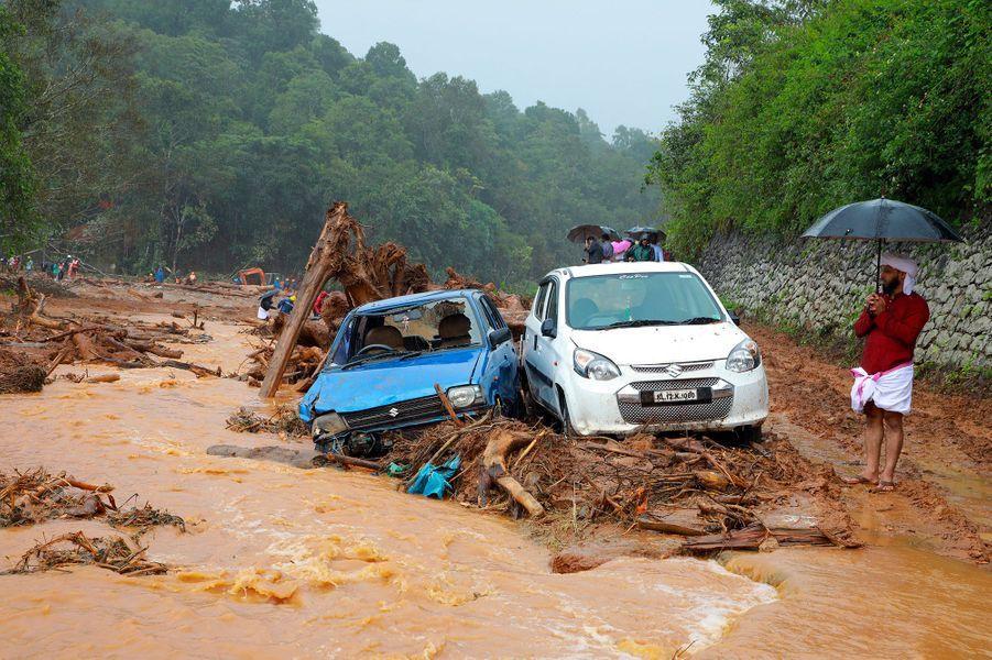 Coulées de boue géantes dans le district deWayanad.