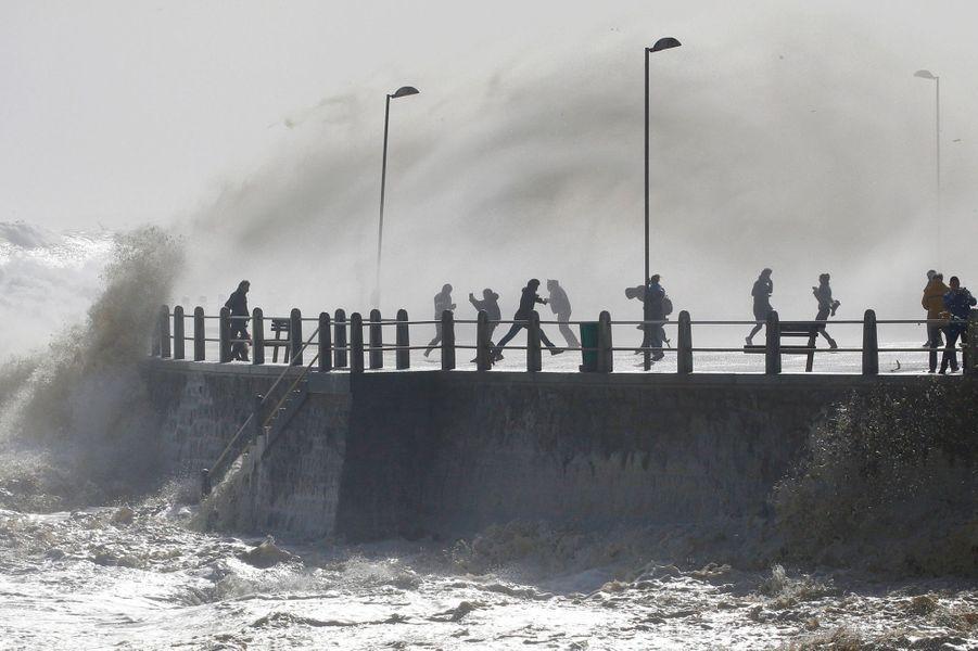 Des fortes rafales de vents ont soufflé à Cape Town.