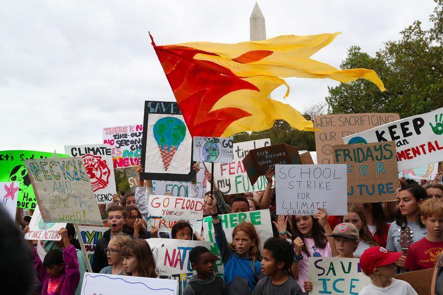 La jeune fille de 16 ans n'est pas aussi connue aux Etats-Unis qu'en Europe, mais sa venue à Washington, pendant six jours, sera néanmoins marquée par plusieurs honneurs, avec un prix remis par Amnesty lundi et une audition au Congrès américain le 18 septembre, à l'invitation d'élus démocrates.